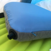 cocoon-inflatable_travel_pillow