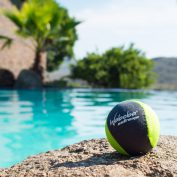 bouncing ball swimmingpool