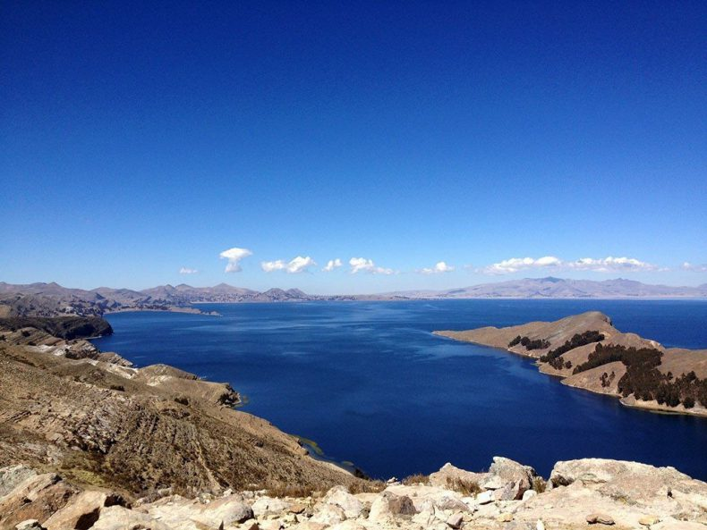 Bolivia-isla-del-sol-view-titicaca-lake