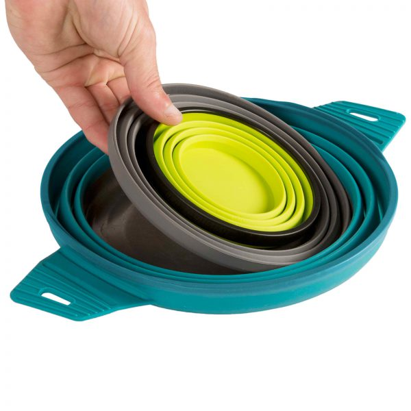 collapsible-camping-set-with-pan