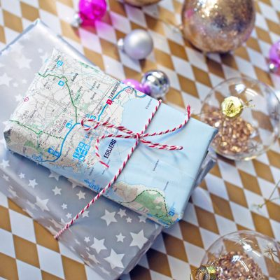 holidays gift traveler