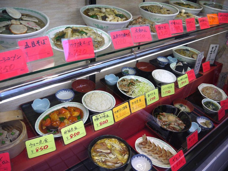 Japan-Tokyo-plastic-food
