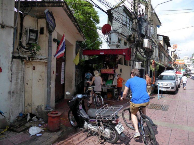 Thailand-Bangkok-cycling-china-town