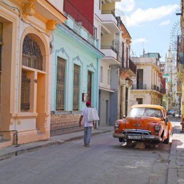 Cuba for beginners: tips & tricks