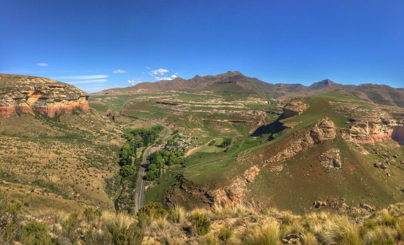 South-Africa-view-brandwag-buttress-trail