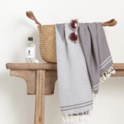 SeaHorse-Hamam-Towel-travel-towel