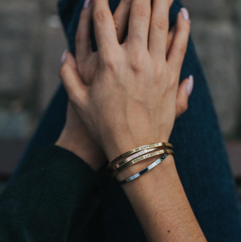 bracelet-traveller