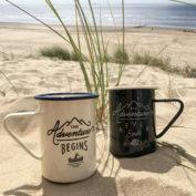 emaille-mug-set-adventure-begins