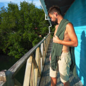hamam-towel-seahorse-army-green