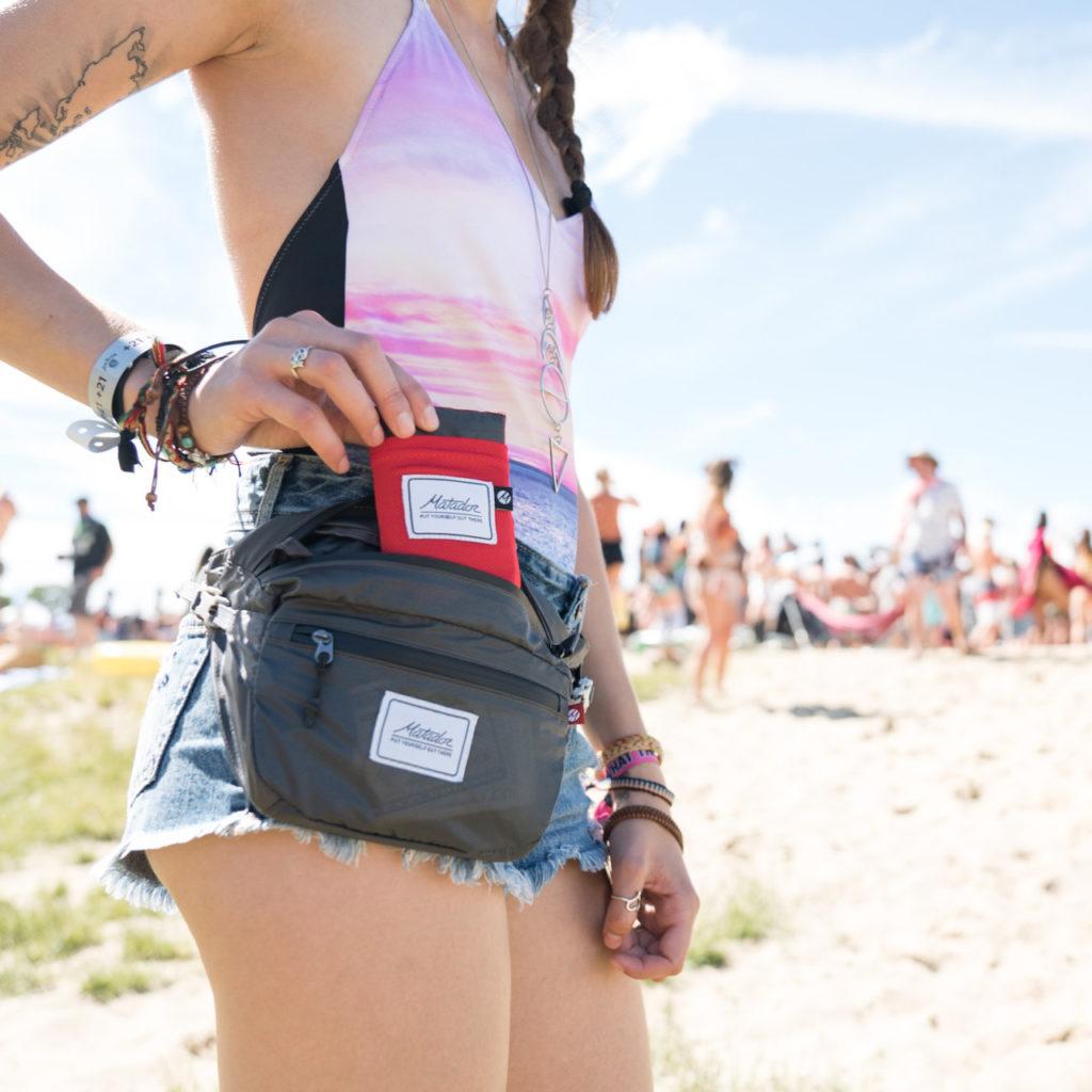 hip-pack-for-festivals