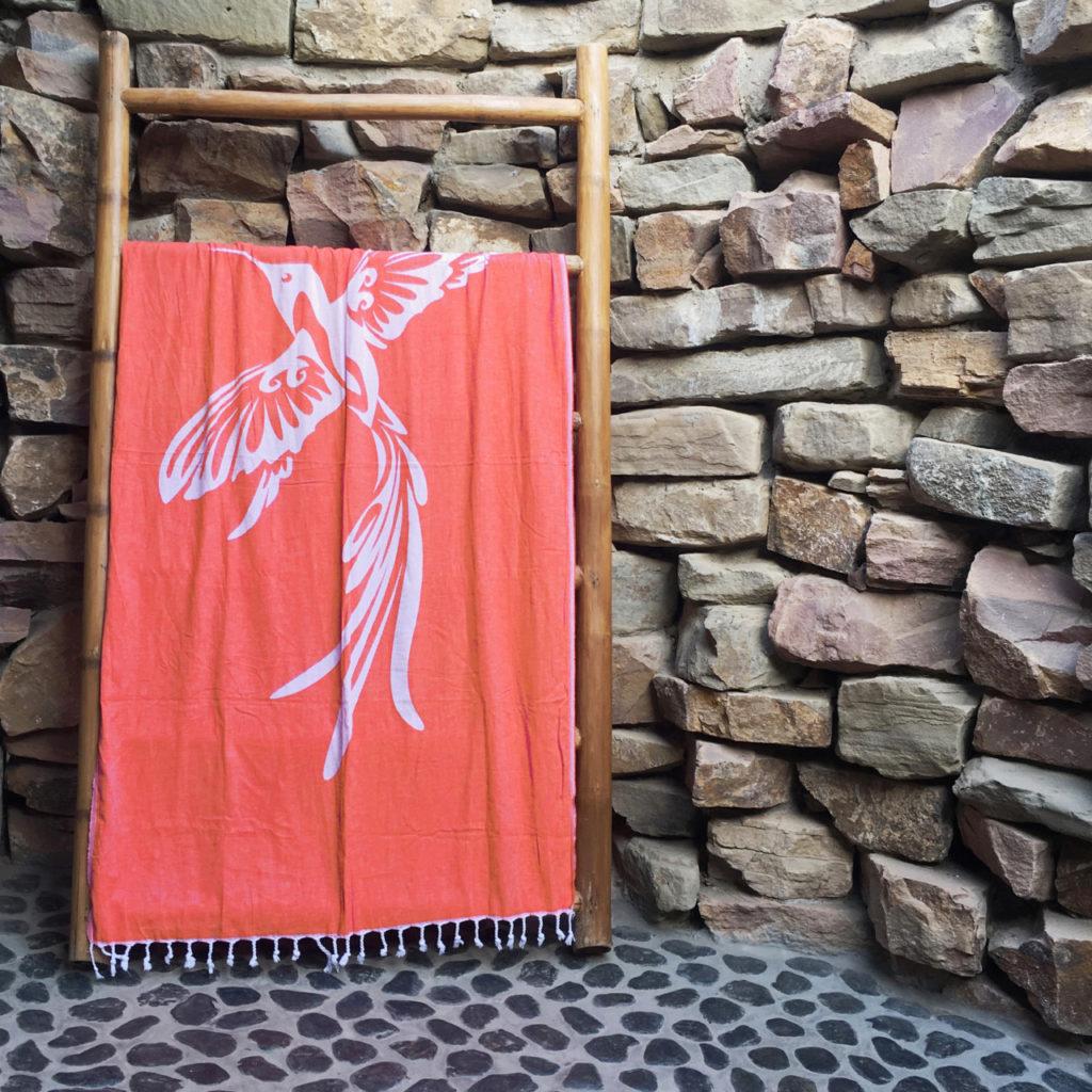 hummingbird_beach_towel